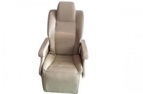 依维柯电动座椅改装