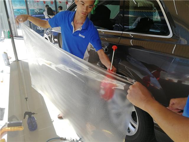 奥迪Q7隐形车衣汽车漆面保护膜施工案例