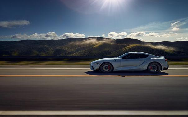 如何在汽车贴膜市场中,选择优质的汽车太阳膜