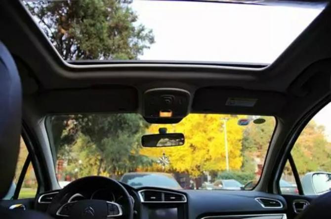 汽车为什么要贴膜?