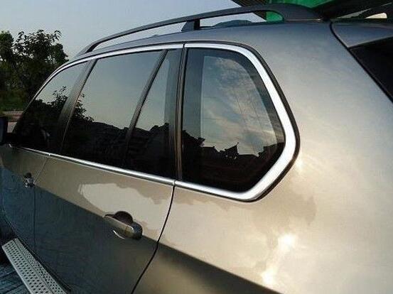 汽车车膜应该在哪贴