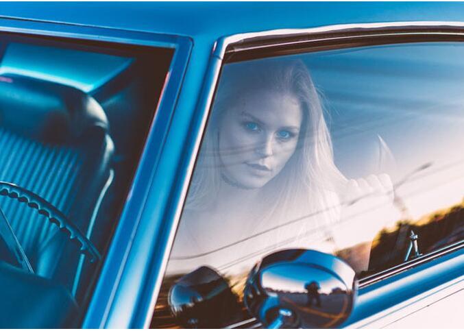 建筑玻璃贴膜跟汽车贴膜之间的不同